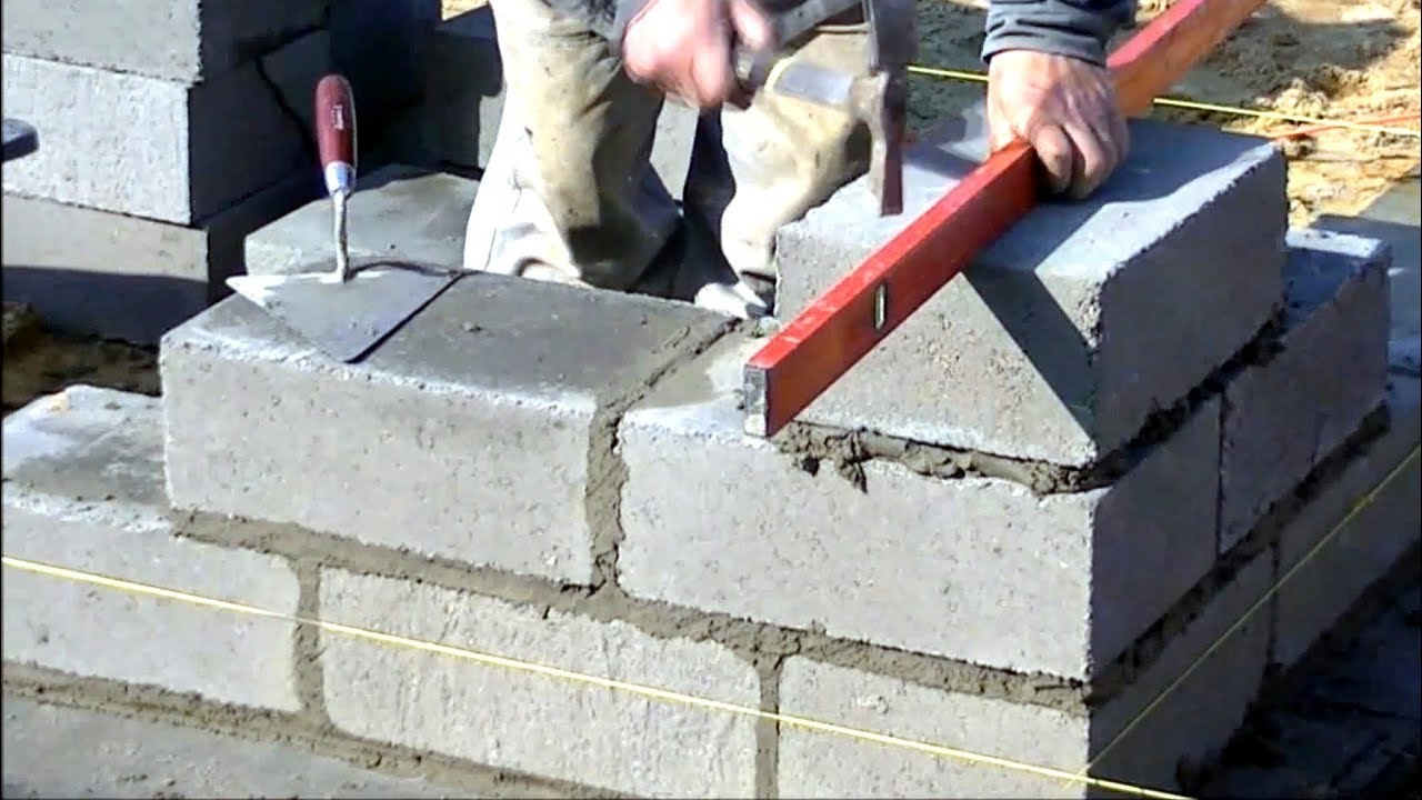 Building a house step by step. Full HD. 6-11 day Bricklaying foundation  walls. - YouTube