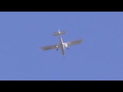 Britten-Norman BN-2 Islander volando sobre mi casa
