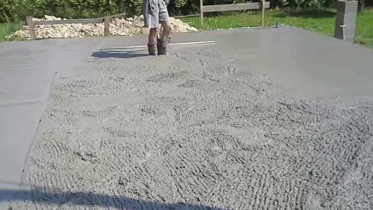 Nowoczesna architektura Wyrównywanie betonu łata wibracyjną - YouTube RM33