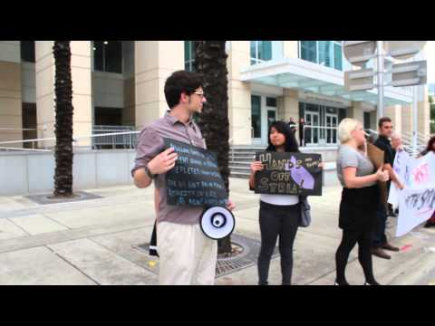Tampa Bay Students for a Democratic Society protest war on Syria at Bill Nelson Office