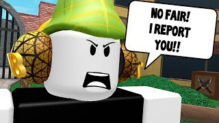 WOW! MURDERER REPORTS ME! (Roblox Murder Mystery 2)