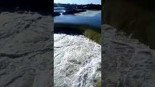 Пустую растрата финанси государство стройка дамби Белоомут разарвало 09 04 2018г(3)