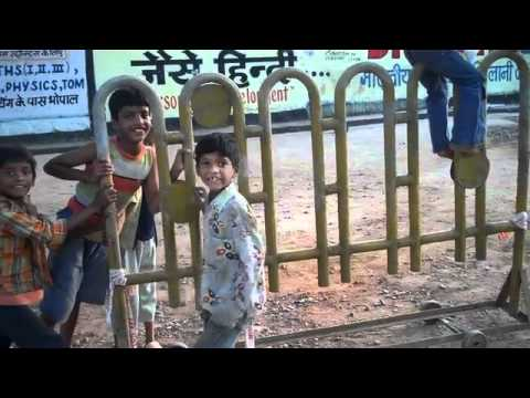 Street kids in Bhopal, India