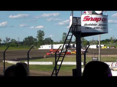 Jamestown Speedway Bomber Heats (6/10/17)