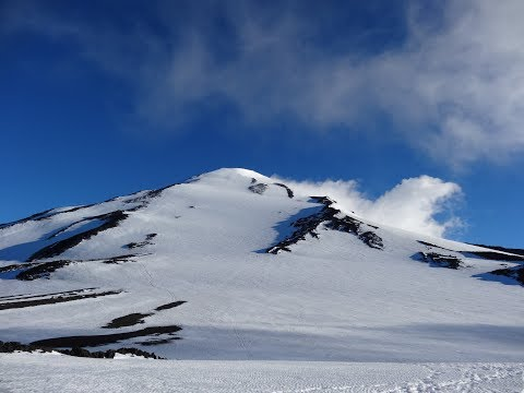 Sonny Bou glissading on Mount Adams - Jun 28, 2013
