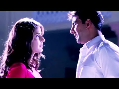 Akshay Kumar Falls In Love With Katrina Kaif | Namastey London | Hindi Movie | Bollywood Scene