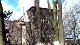 г. неман. дворец нсдап.( кирха меннонитов).(калининградская область, город неман. до 1946 года - немецкий город Рагнит. в центре города в сквере стоит..., 2015-04-13T15:03:31.000Z)