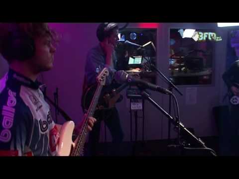WOOT - 'Don't You'   Eva   3FM