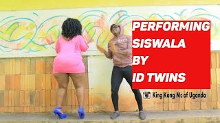 KING KONG MC OF UGANDA DANCING TO siswaala by ID TWINS  New Ugandan Comedy 2017 HD