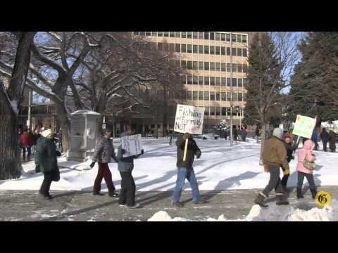 Protesters turn out to courthouse to protest Beartooth drilling