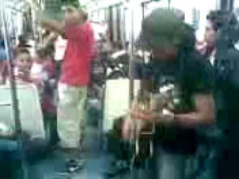Musica en el metro linea 6 LEOMAR