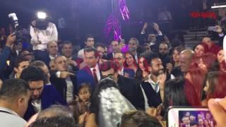 بالفيديو.. سمير غانم يغني في فرح ابنته إيمي
