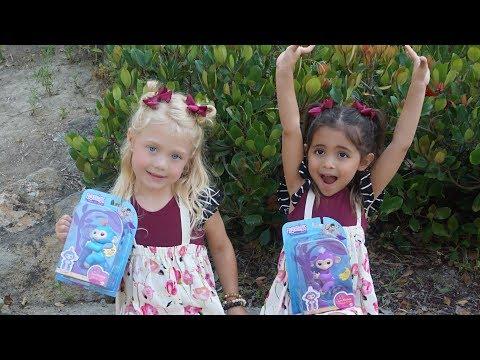 Fingerlings Monkeys Surprise Toys for Kids playground park best christmas toy 2017
