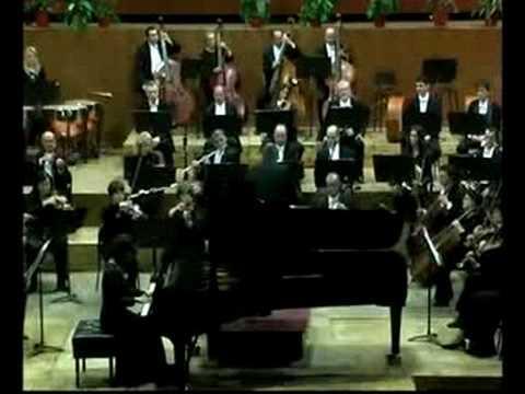 Beethoven Concerto No.3, Sung Suk Kang -piano & Sandro Cuturello -conductor.  2 Mov. Largo