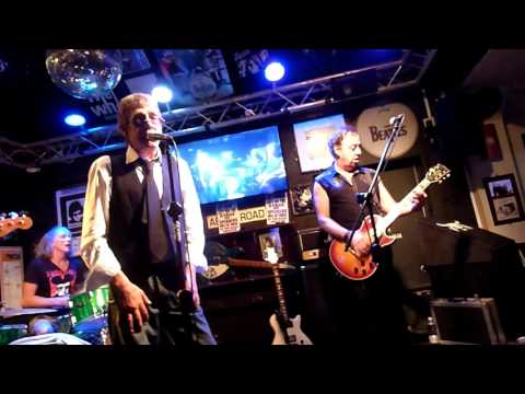 Class Of 76 'Police Car' 25.8.16 A Larry Wallis song
