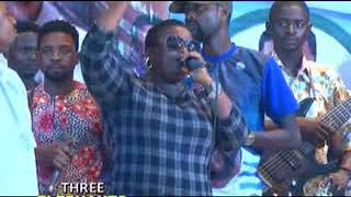SAINT JANET AND PASUMA  PERFROMING ON STAGE WITH Q.DOT