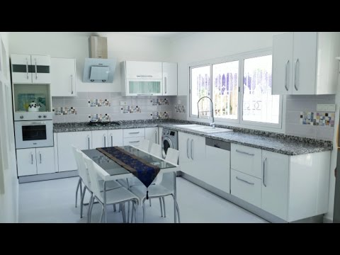 cuisine moderne blanche youtube. Black Bedroom Furniture Sets. Home Design Ideas