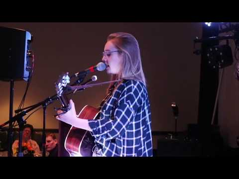 Addison Agen Performing at the 2018 Coldwell Banker Roth Wehrly Graber Awards Banquet