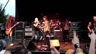 Fuel & Chris Daughtry live Hemorrhage In My Hands