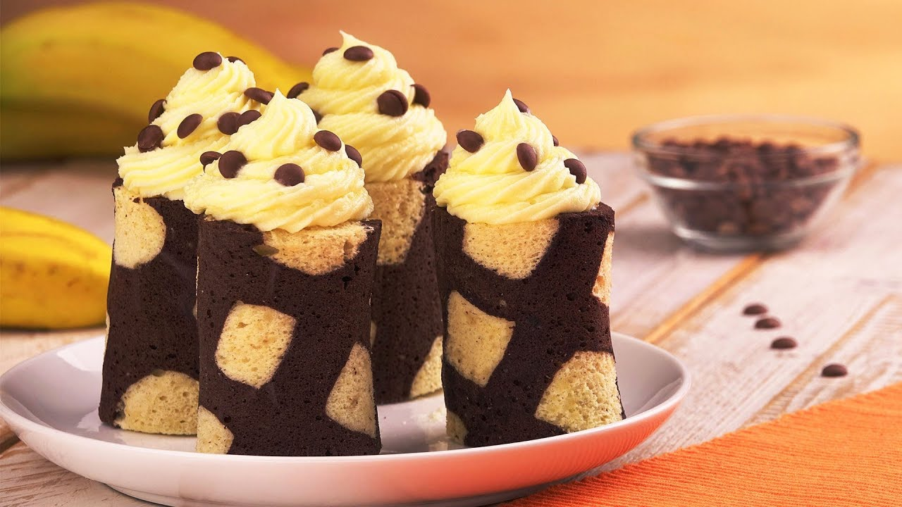 Bananenkuchen Mal Anders Rezept Fur Bananen Schoko Rollchen Youtube