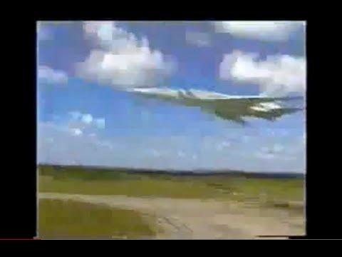 Tupolev Tu-22M3 Backfire Low Pass