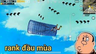 PUBG Mobile - Solo Squad Rank Đầu Mùa Cực Đông Người | AUG + VSS Cũng Bá Đạo Lắm :v