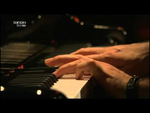 Ravi Coltrane - Skippy