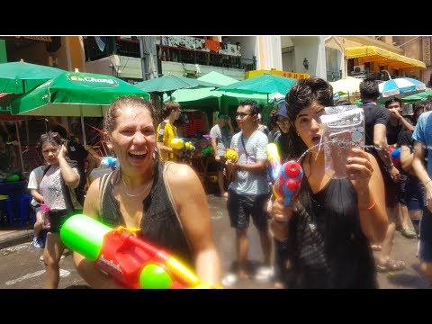KHAOSAN ROAD | THE REAL SONGKRAN EXPERIENCE IN BANGKOK THAILAND with BalochonMove