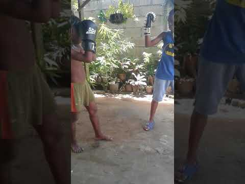Boxing with shaquel hinds and Daniel hinds