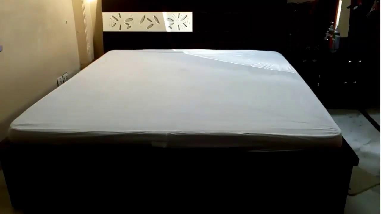 Linenwalas Double Bed Waterproof Mattress Protector 72 X78 King