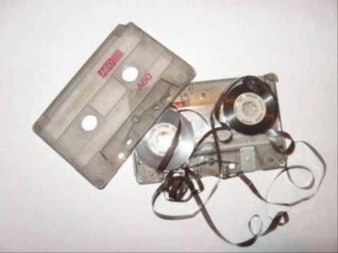 pez-cassette-pat-says