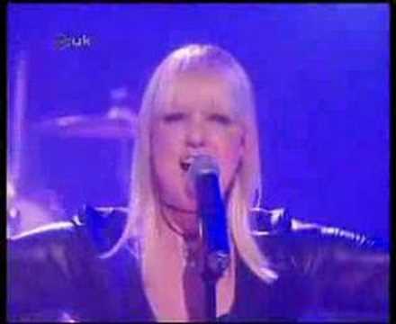 Emma Bunton - We're Not Gonna Sleep Tonight (Live at CD:UK)