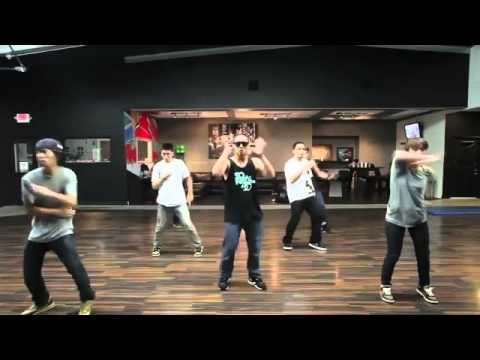 Lingsir Wengi Dancer 2015