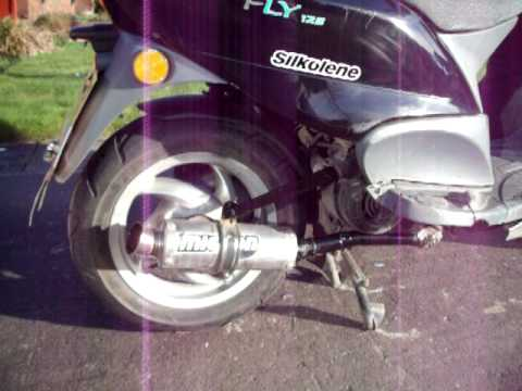 piaggio fly 125 loud pipe - youtube