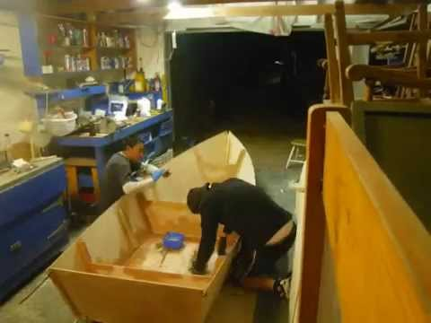 how to build a mini boat