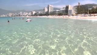 Praia do Arpoador - RJ  de Agua Cristalina