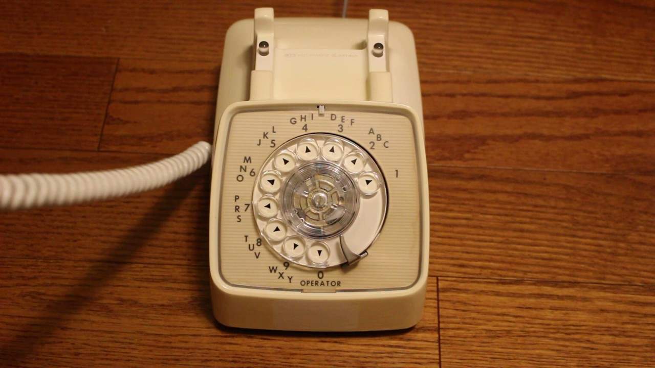 1983 GTE Automatic Electric Rotary Desk Phone White