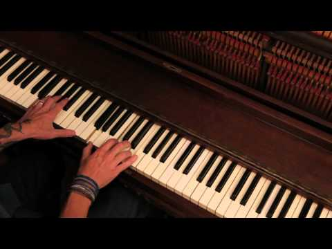 How to Play Love Shines-Piano by Aaron...