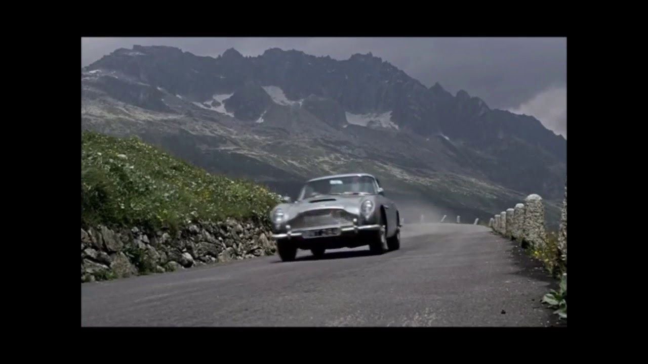 Aston Martin Db4 >> 007 Goldfinger DB5 Movie Chase and Gilbert Road Race Slot ...