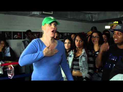 Transsexual/Transgender rapper Noshame vs Michael White rap battle