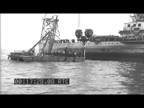 Raising Of Sunken Destroyer USS Turner (DD-648),  New York Harbor, N.Y, 07/19/1943