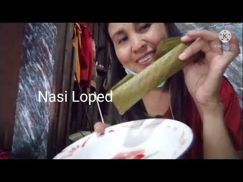Makanan khas Dayak nasi Loped dan Topokng