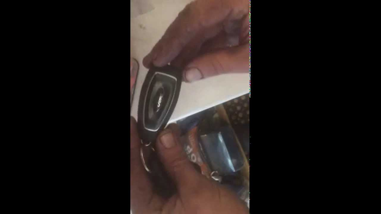 How To Fit A New Ford Key Fob Battery Change Youtube
