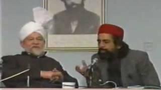 Kuch Ishq tha Kuch Majboori thi by Obaidullah Aleem in presence of Hazrat Mirza Tahir Ahmad