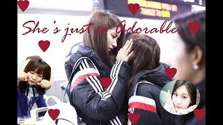 [GFRIEND] This is how the Members (unnies) Adores their Maknae