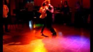 Anahi Pose y Martin Gutierrez tango 07 11 13 ochos