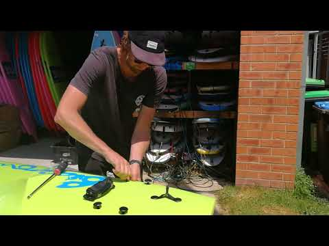 Manly Surf Guide Installs fins and legrope for Soft Surfboard Billow Softboard