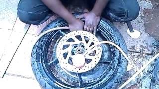 Tubeless tyre replacing in bikes- Yamaha FZ