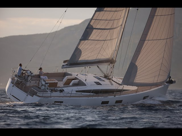Rediscover the Jeanneau Yachts 54 – Elegance Incarnate