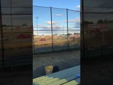 New Egypt speedway modifieds